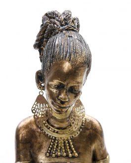 Figura africana sentada portavela 21x16x25 cm.