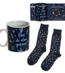 Set regalo taza+calcetines astronauta.